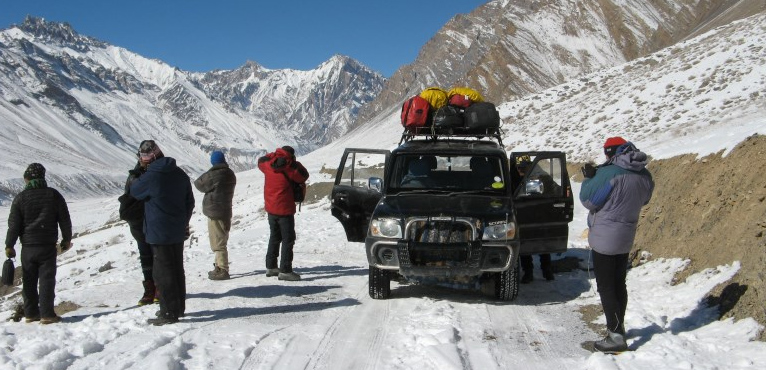 manali-ladakh-jeep-safari