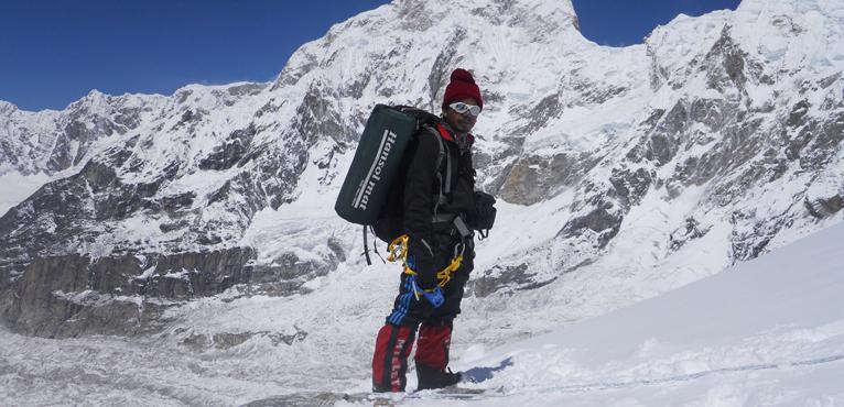 kanchenjunga-peak2