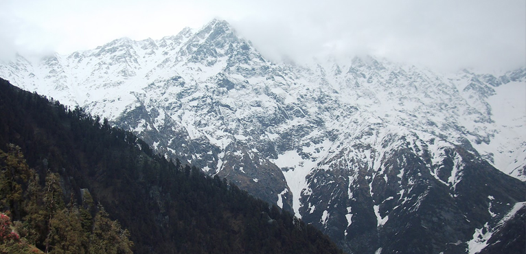 Indrahar-Pass-Trek