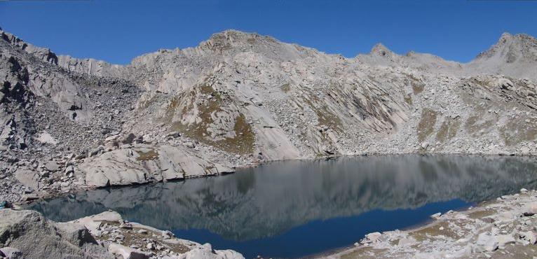 kareri-lake-trek