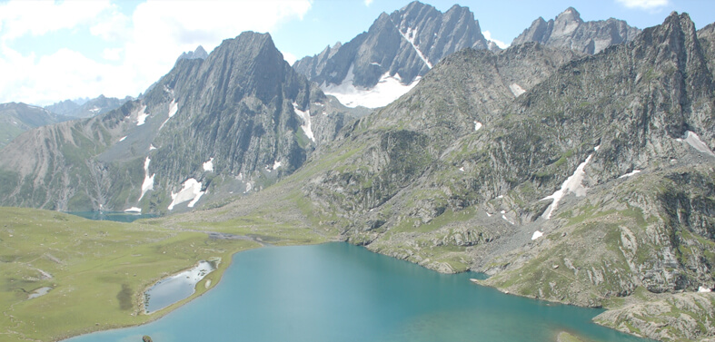 Kashmir Alpine Lake Trekking Tours